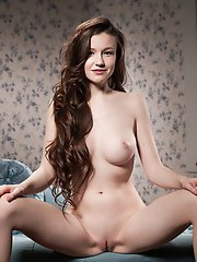 Some babes look awesome in both ways, dressed and nude. Just like this gorgeous cutie from Eastern Europe.